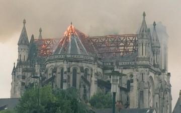 Incendie de la Basilique Saint-Donatien