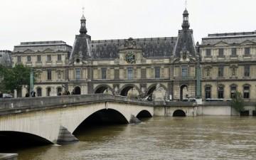 Crue de la Seine : une partie du Louvre fermée au public